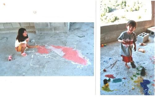 הלל ונועה צובעים את רצפת הבית בגליל